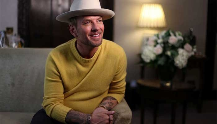 The British-born musician, who found fame with his twin brother Luke Goss in the late 1980s, has spent the last decade performing in Las Vegas.